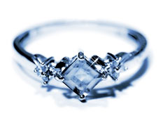 about blue diamond engagement rings