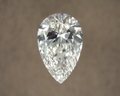 Pear diamond with bow-tie effect